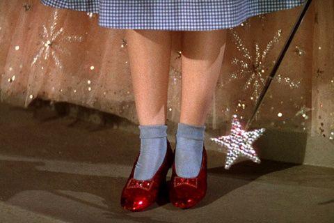 escarpines rojos de Dorothy en El mago de Oz