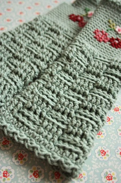 Knitting Stitch Looks Like Weaving : Cherry Heart: lovely idea with the basket weave stitch Crochet Now Pinter...