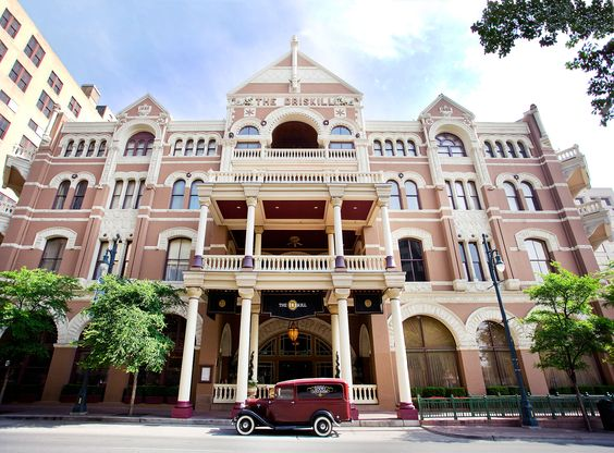 What to Do in Austin, Texas - The Driskill Hotel