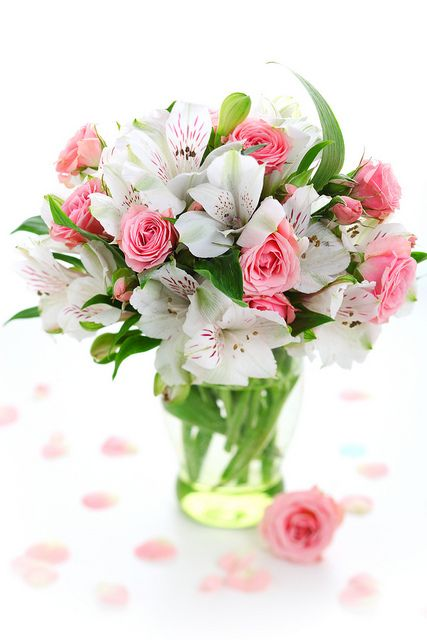 pink and white flower arrangements: