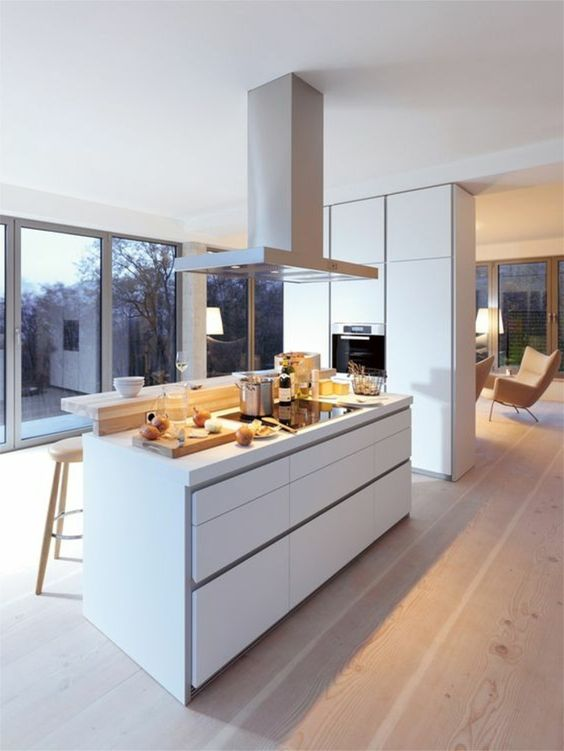 offene küche mit theke wohnzimmer abtrennen laminat holzhocker - offene kuche vom wohnzimmer trennen