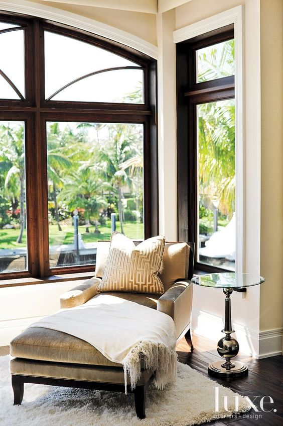 Wood trim stained wood trim and window on pinterest for Bay window chaise lounge
