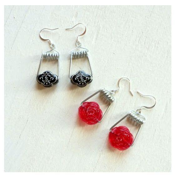 Peg spring earrings