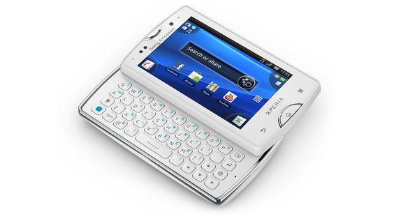 I love my phone, the Sony Ericsson Xperia mini pro. Thanks, Mom! ^_^