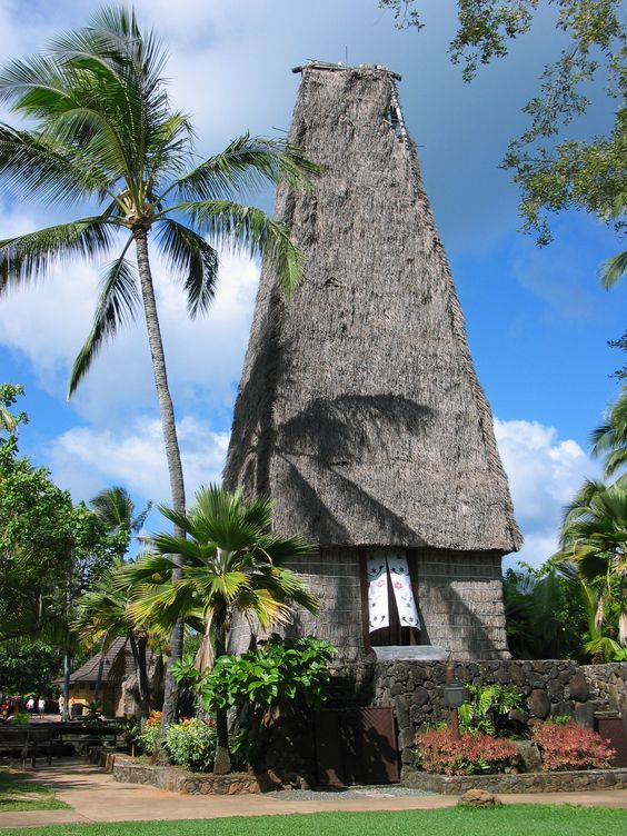 Temple Fidji au Centre culturel polynésien à  Laie, sur la rive nord de Oahu à Hawaï #Voyage #Tourisme