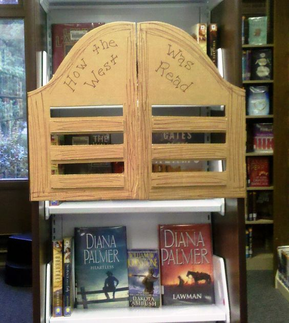 Library Displays: How the West Was Read