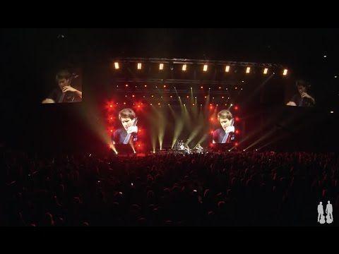 2cellos When I Come Around Live At Arena Zagreb Youtube When I Come Around Zagreb Green Day