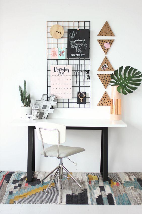 » MY DIY   Grid Wall Organization