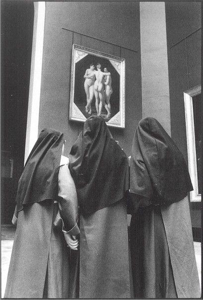 Alécio Andrade, El Louvre y sus visitantes: