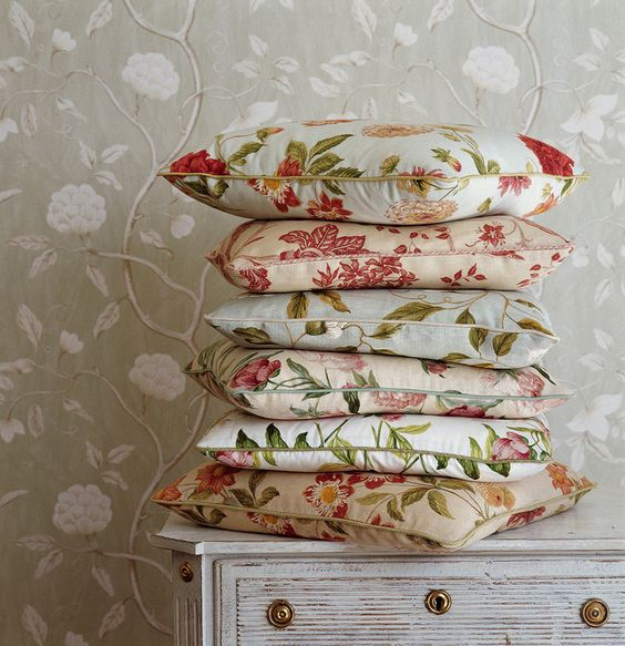 Colefax and Fowler, beautiful traditional fabrics