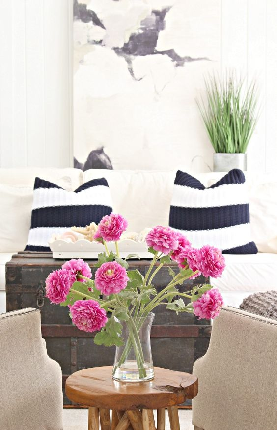 The House of Silver Lining: Blogger Stylin Home Tours Summer Edition