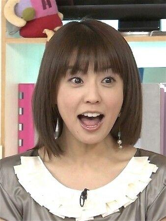 びっくりした表情の小林麻耶