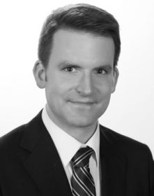 "Daniel Högger, Co-Herausgeber von ""Völkerrecht kompakt"" (NZZ Libro, Aug. 2016)"