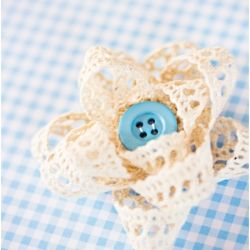 Gift bows made of trims and lace. Tutorial in Swedish and English.: