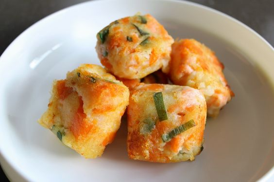 EASY salmon and vege fish cake recipes for your baby or toddler