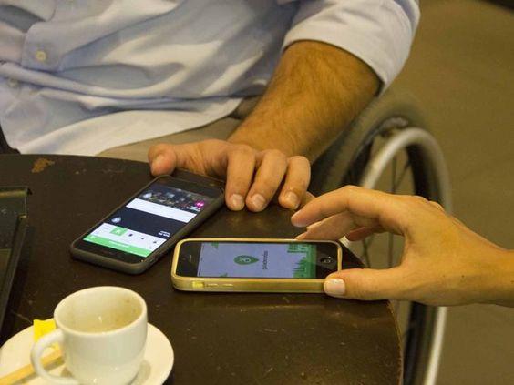 Aplicativo Guia de Rodas permite que usuários avaliem acessibilidade nos estabelecimentos (Foto: Divulgação/Lucas Leite)