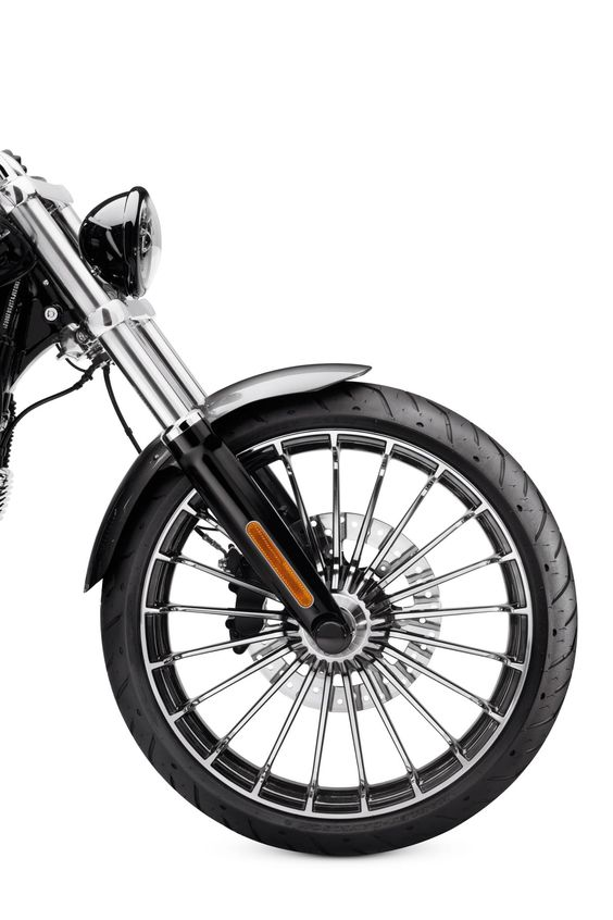 Bring the gleam and add some edge. | Harley-Davidson Turbine 19 in. Front Wheel