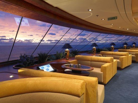 #MSCFantasia #MSCYachtClub Top Sail Lounge