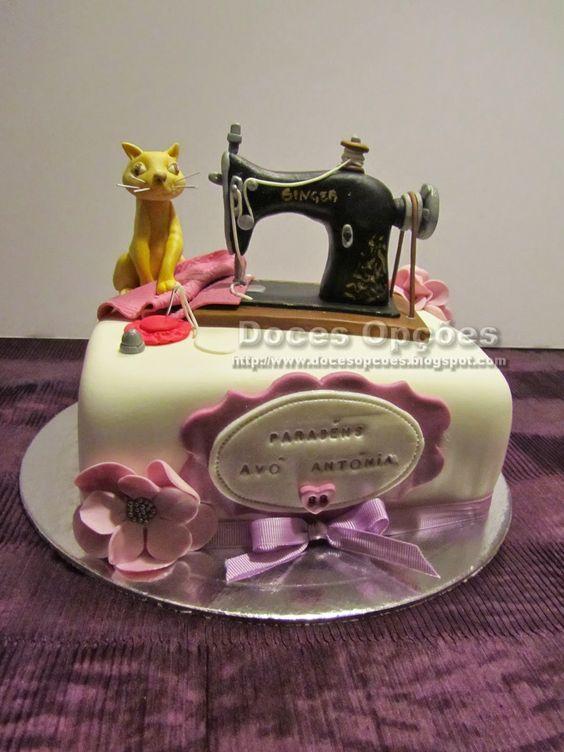 Enfeite De Torta ~ Doces Opções Bolo com a máquina de costura da avó Bolos Pinterest Costura