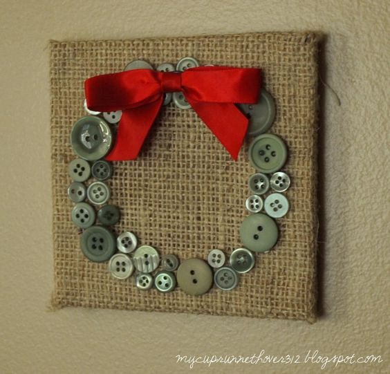 Christmas decor or gift....burlap with buttons in a holiday shape....maybe a Christmas tree