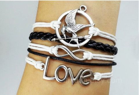 Hungry bird bracelet#mockingJay pin#games bracelets#fashion jewelry# leather bracelets#love bracelet#infinity bracelets#white&black#