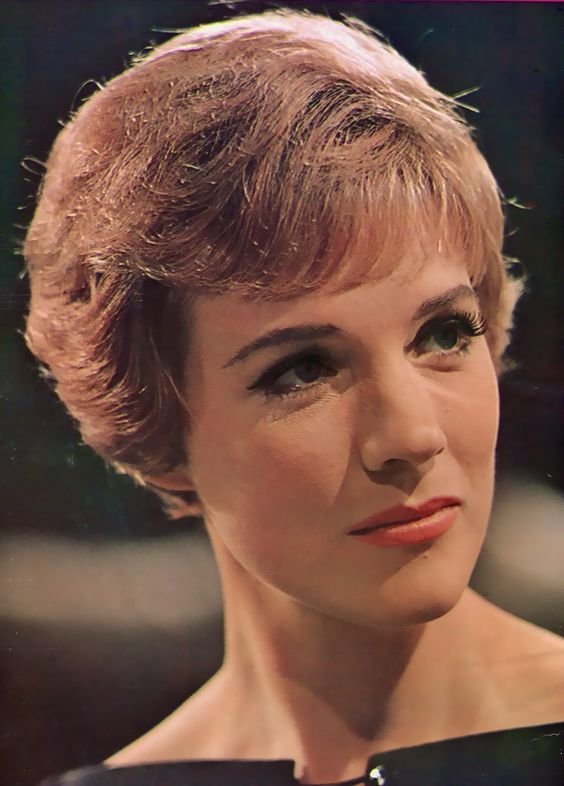 Julie Andrews is so beautiful!
