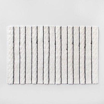 Striped Bath Rug White Black Opalhouse Badteppich Weisser Teppich Teppich Schwarz Weiss