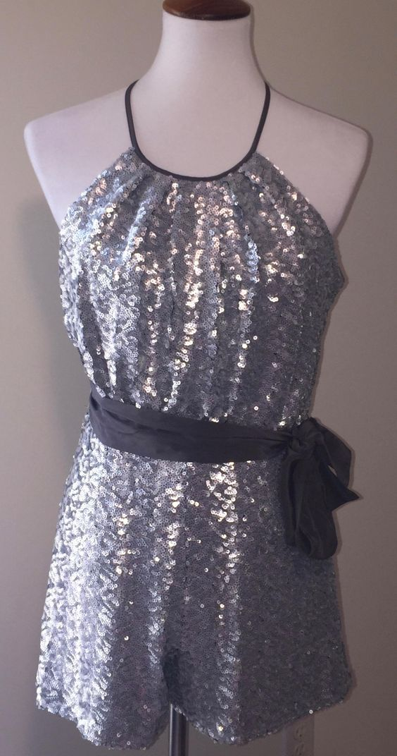 ff480eb1a3f  80 N W T Size 2    Free Shipping   Silver Sequined Fieldston Halter Romper  Jumpsuit
