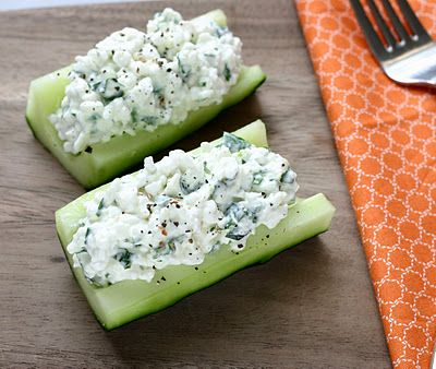 cucumber cottage cheese boats  sounds yummy - and gluten free!