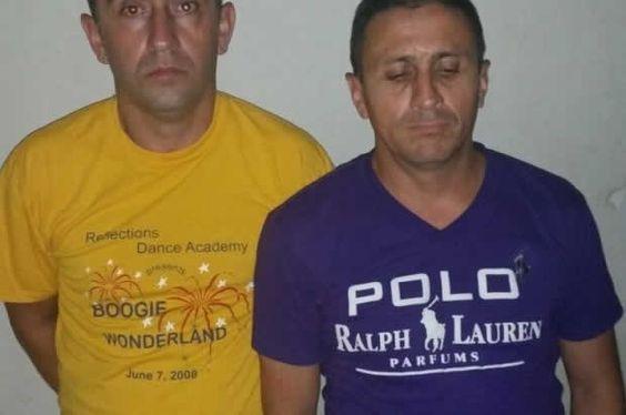 Bonao. - Dos ciudadanos de nacionalidad chilena fueron detenidos con 59 mil pesos en efectivo y 62 tarjetas de crédito clonadas,  mientras realizaban dudosas transacciones en un cajero del Banco