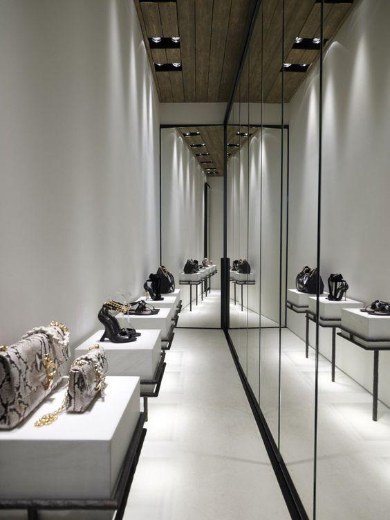 Linea Piu by Kois Associated Architects, Mykonos – Greece » Retail Design Blog - via http://bit.ly/epinner