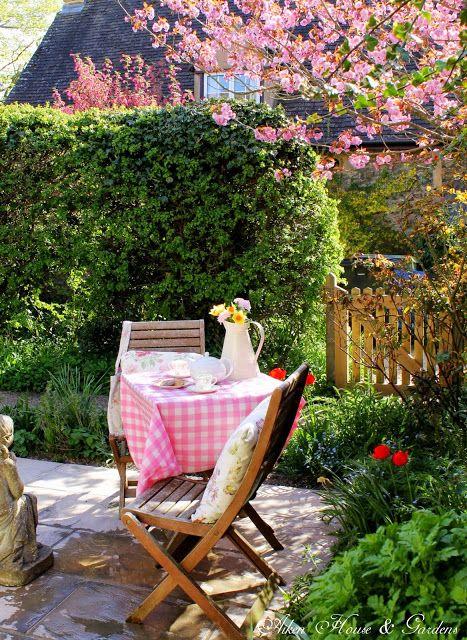 Aiken House & Gardens: