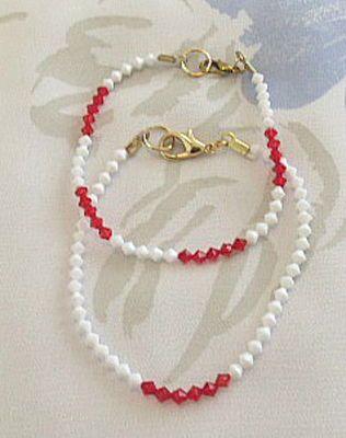 Pulseiras vermelha e branca