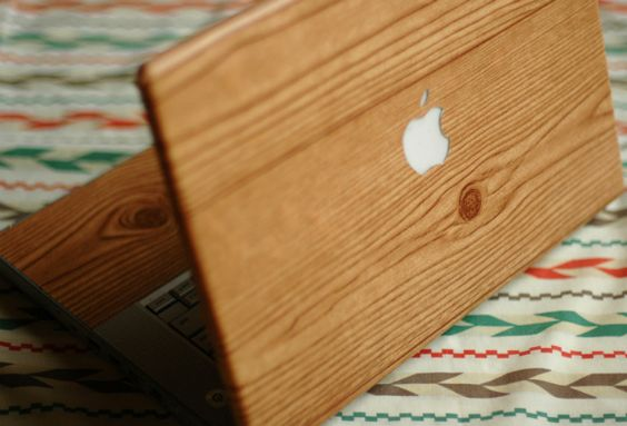 DIY wood grain laptop skin