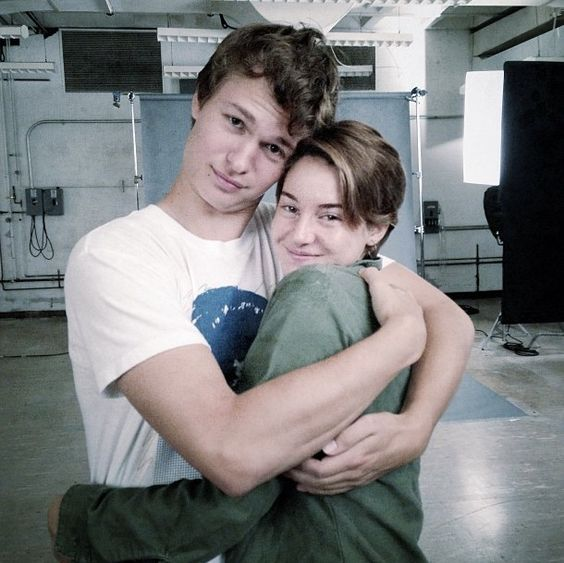 Movie Update: The Fault in Our Stars Cast  http://10thousandwordsblog.wordpress.com/2013/09/04/movie-update-the-fault-in-our-stars-cast/