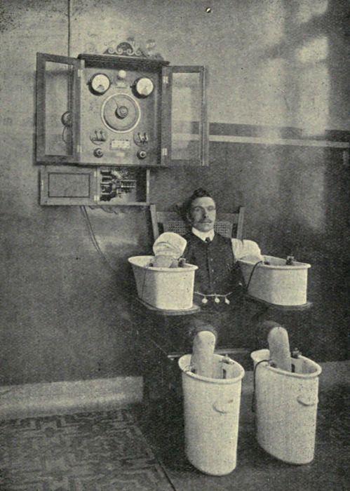 """Baño Schnee""""de Edward Reginald Morton y Elkin Cumberbatch Essentials of Medical Electricity (1916)"""
