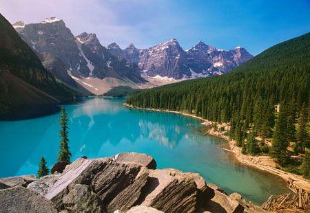Moraine Lake, Alberta, Canada (© Karl Kost/Alamy)