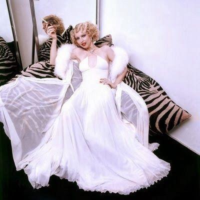 Noiva com Classe: Clodovil: vestidos de noiva Elke Maravilha com vestido de Clodovil.