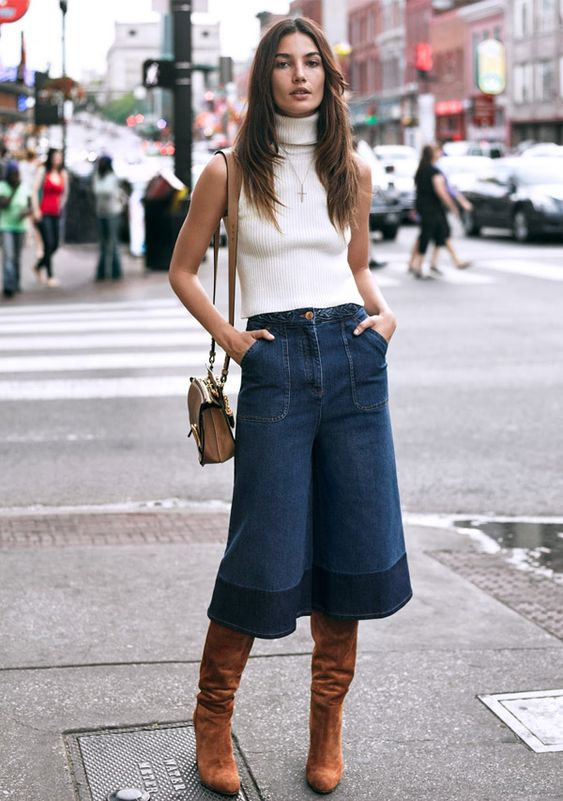 lily-aldridge-street-style-wide-jeans-pants-otk-boots-turtleneck