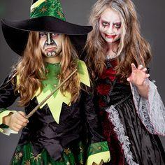Zwei kleine Halloween geister: Vamprin und Hexe
