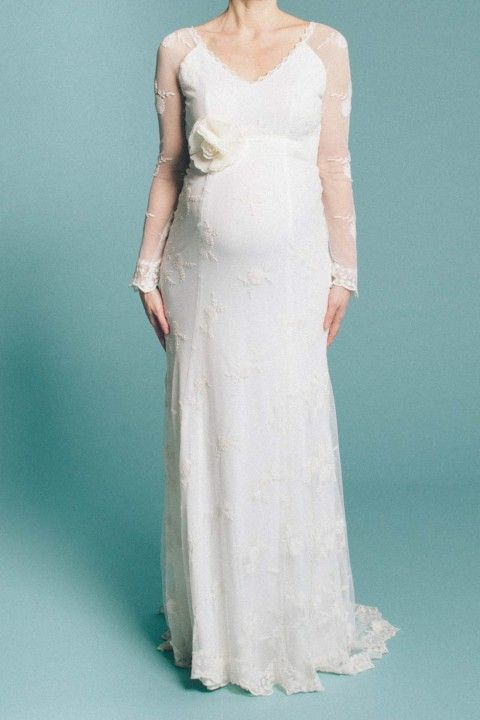 Schwanger heiraten mit küssdiebraut küssdiebraut http://www.hochzeitswahn.de/hochzeitstrends/inspirationssonntag-schwanger-heiraten-mit-kuessdiebraut/ #weddingdress #dress #pregnant