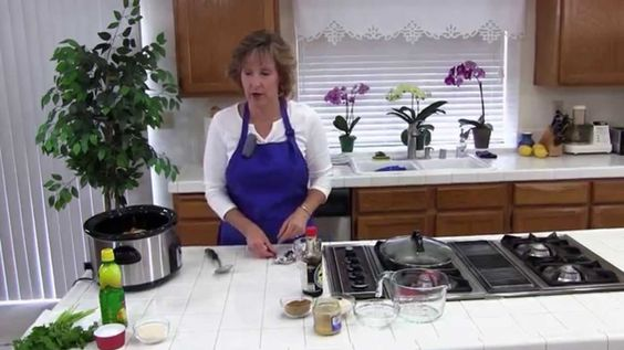 How to Make Cuben Black Beans in a Crockpot!  An Easy, Healthy Black Bea...