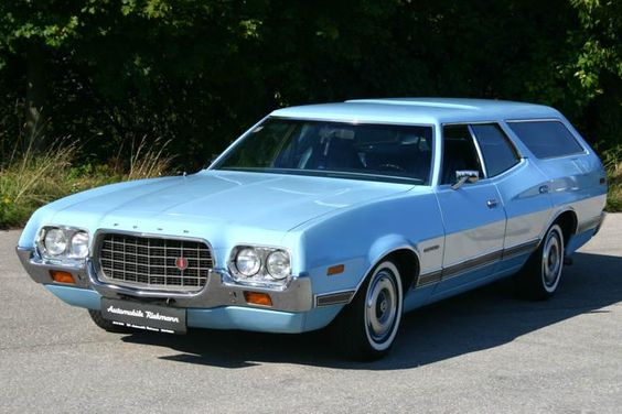 Ford Gran Torino Station Wagon 1972 - A huge US wagon should be in my garage. I'd prefer one with the fake wood side ytrim, but I could not find a devent photo of one.