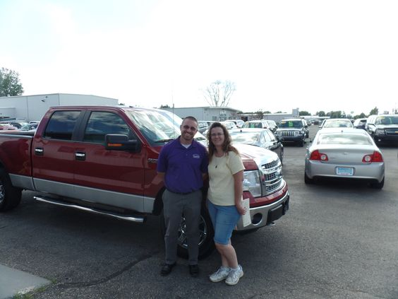 Congratulations to Rebecca C. on her purchase of a new Ford F150! We really appreciate the opportunity to earn your business and hope you enjoy your new truck!