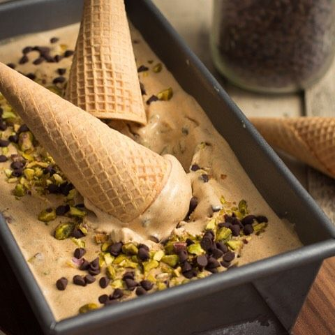Thick and custard-like, this Pumpkin Spice Latte Ice Cream combines the flavors of pumpkin pie and a…