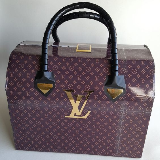 Louis Vuitton tas surprise