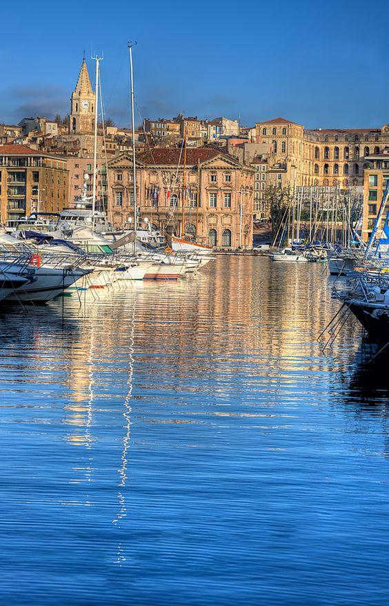 Marseille,  La Mairie  Le Vieux Port
