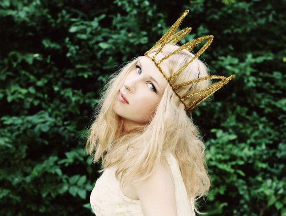 Excited for Stacy (Dupree) King's new project, Sucré. I've been an Eisley fan since forever.