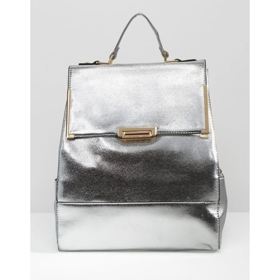 Liquorish Metallic Backpack (2,215 THB) ❤ liked on Polyvore featuring bags, backpacks, silver, white bags, metallic bag, backpacks bags, strap backpack and rucksack bag: