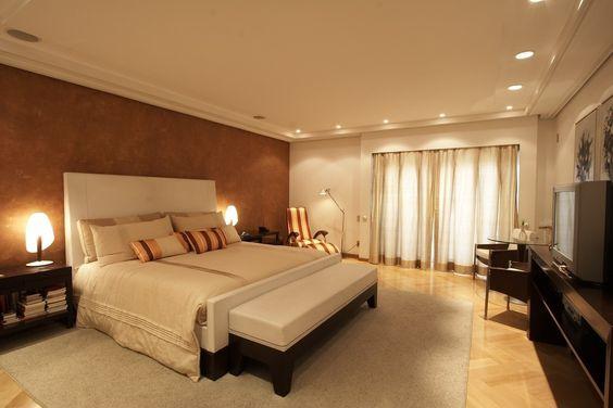 Residência Itaim Bibi : Quartos modernos por Denise Barretto Arquitetura